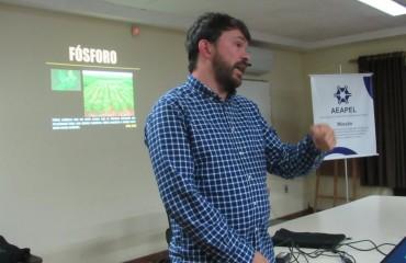 """""""Estamos esquecendo o manejo bom para o solo"""", alerta Filipe Selau"""